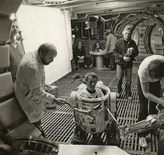 Behind the Scenes Photos from The Empire Strikes Back, 1980 (35)