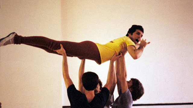 Freddie Mercury rehearsing with the Royal Ballet in 1979 (8)