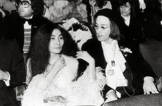 John Lennon and Yoko Ono attend the 1975 Grammy's (2)