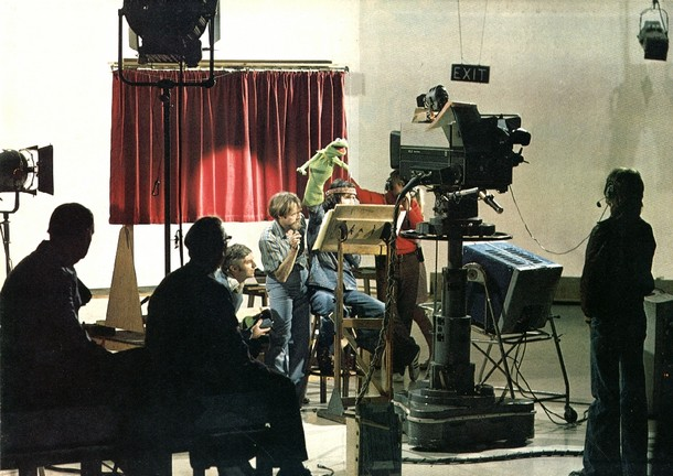 Pictures of Behind the Scenes with the Muppets, c (16)