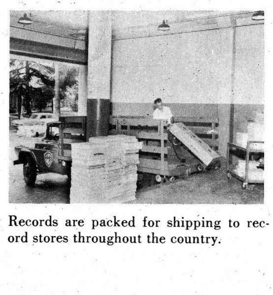 How Vinyl Records Were Produced (14)
