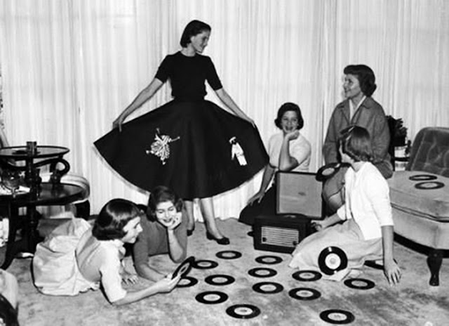 Teenage record party, 1950s-60s (5)