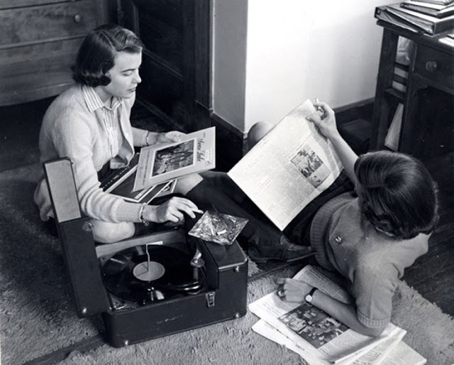 Teenage record party, 1950s-60s (8)