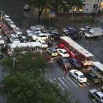 everyone-stuck-at-an-intersection