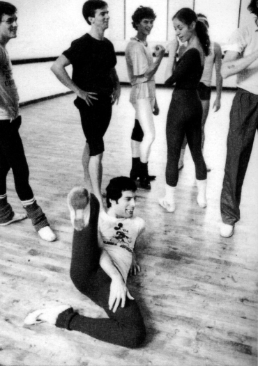Freddie Mercury rehearsing with the Royal Ballet in 1979 (2)