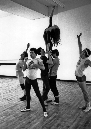 Freddie Mercury rehearsing with the Royal Ballet in 1979 (3)
