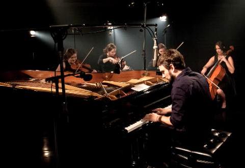 Antoine Gratton in studio.  Photo credit: Mathieu Lavoie / Société Radio-Canada
