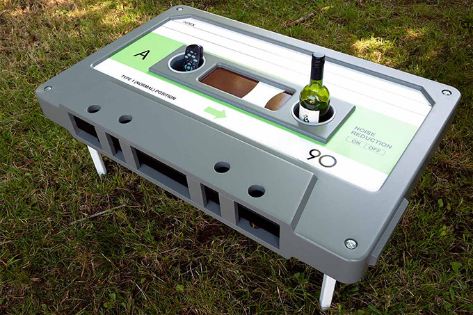 Cassette-Shaped-Coffee-Table-2