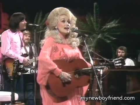 Watch Dolly Parton sing a song live at 45 and 78 record
