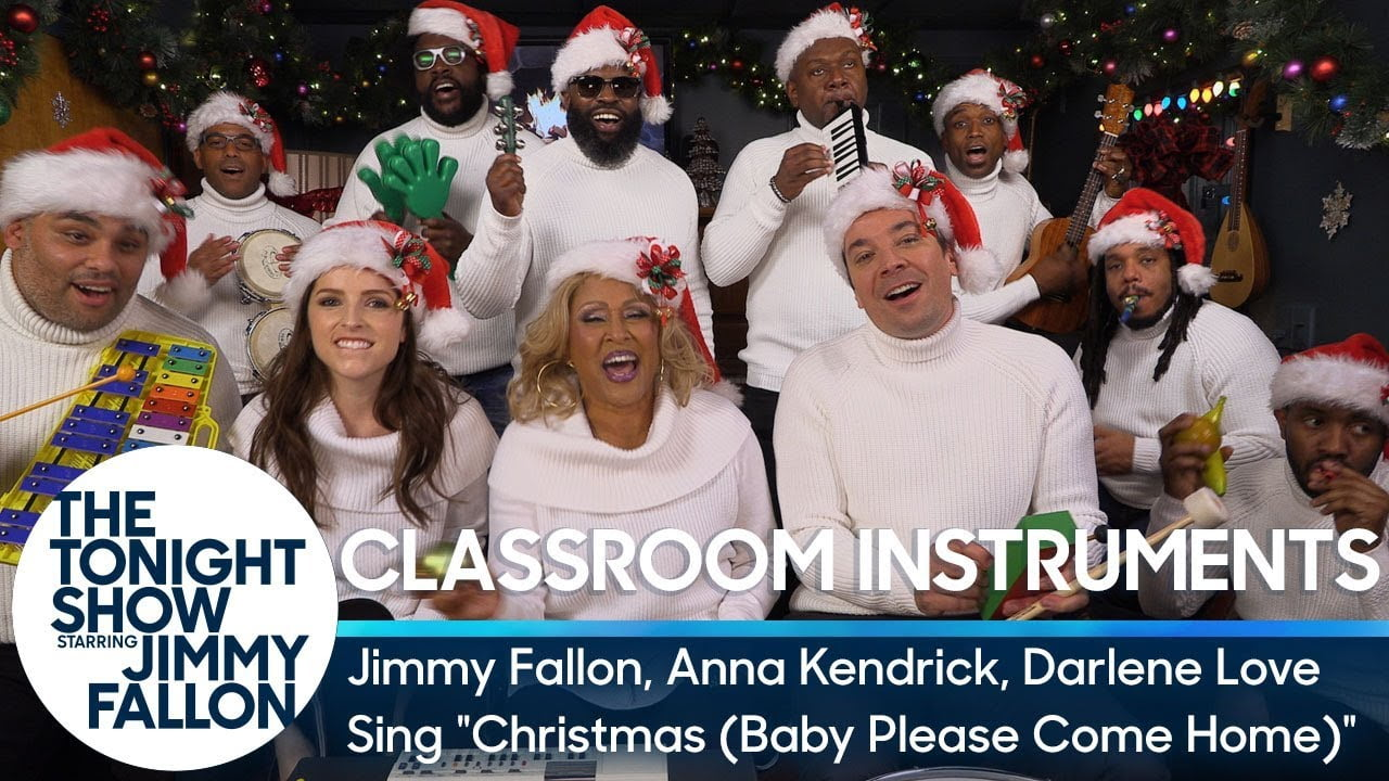 Jimmy Fallon Christmas.Jimmy Fallon Anna Kendrick Darlene Love And The Roots
