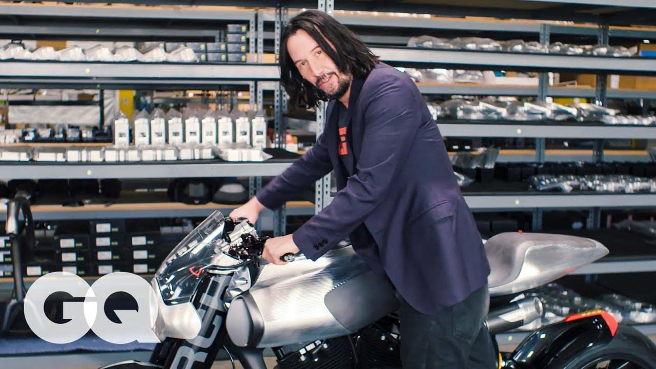 Keanu Reeves Shows Off...