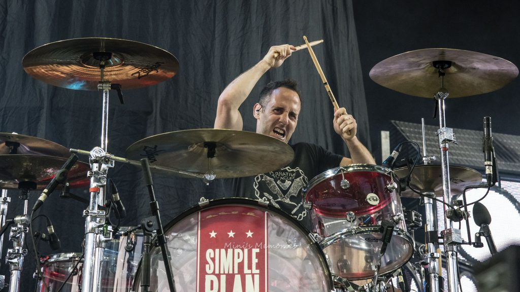 Photo Gallery Simple Plan At Toronto S Budweiser Stage